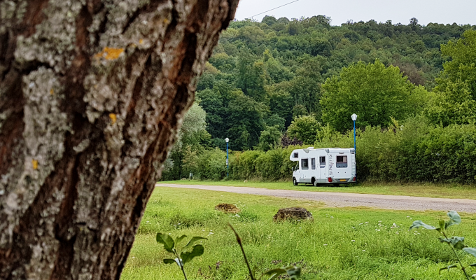 TOP 10 REASONS FOR LIVING IN AN RV